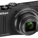 Nikon Coolpix S8100 zooms in on target market