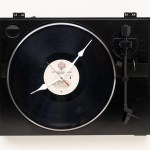 Recycled Fishcer Turntable Clock