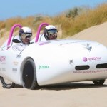 Wind Explorer car is both electric and kite powered, and crossed Australia