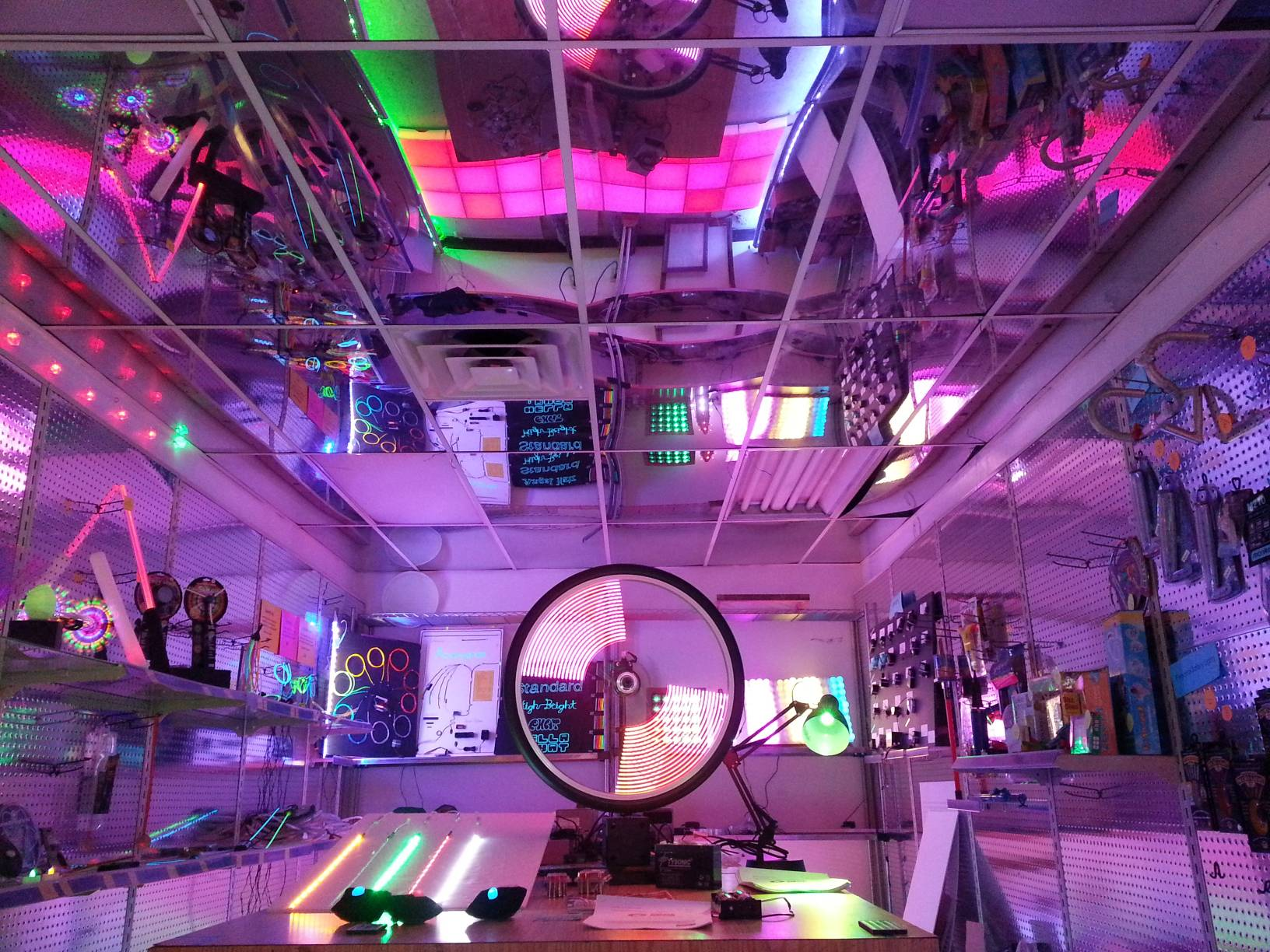 Cool Neon showroom