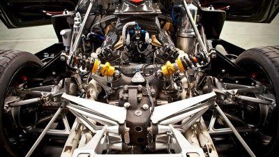 Pagani Zonda Revolucion Brings 800 HP, Super-Aggressive Styling