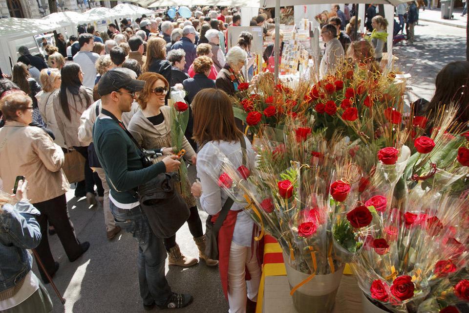 43 libros para regalar (y que os podrán firmar) en Sant Jordi