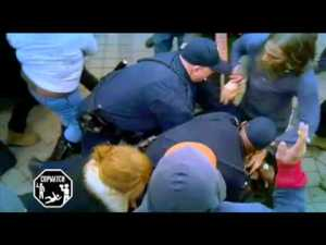 Video thumbnail for youtube video Happy Thanksgiving from the Oakland Police | Cop Block