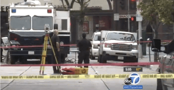 Cops Shoot Man IN Hollywood