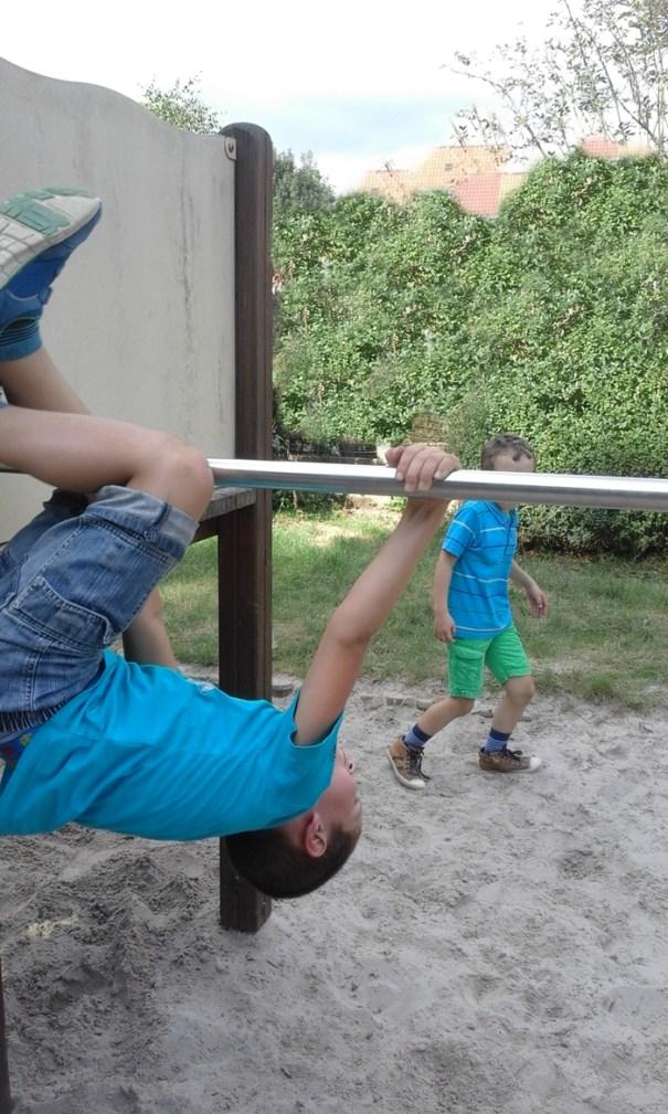 acrobatii 2