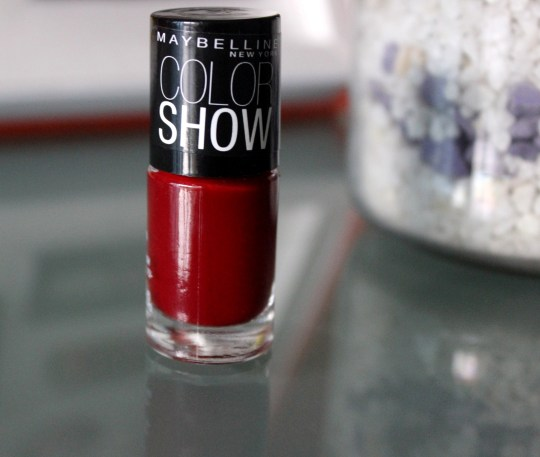 Maybelline Downtown Red Colorshow Nail Polish