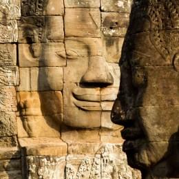 Angkor, il sorriso che placa  l'ansia dei desideri