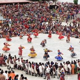 Il sogno terreno del Bhutan  con i Maestri della Felicità