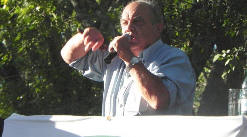Manucho Cardona
