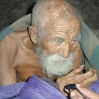 """Il falegname di 172 anni: """"La morte si è dimenticata di me"""""""