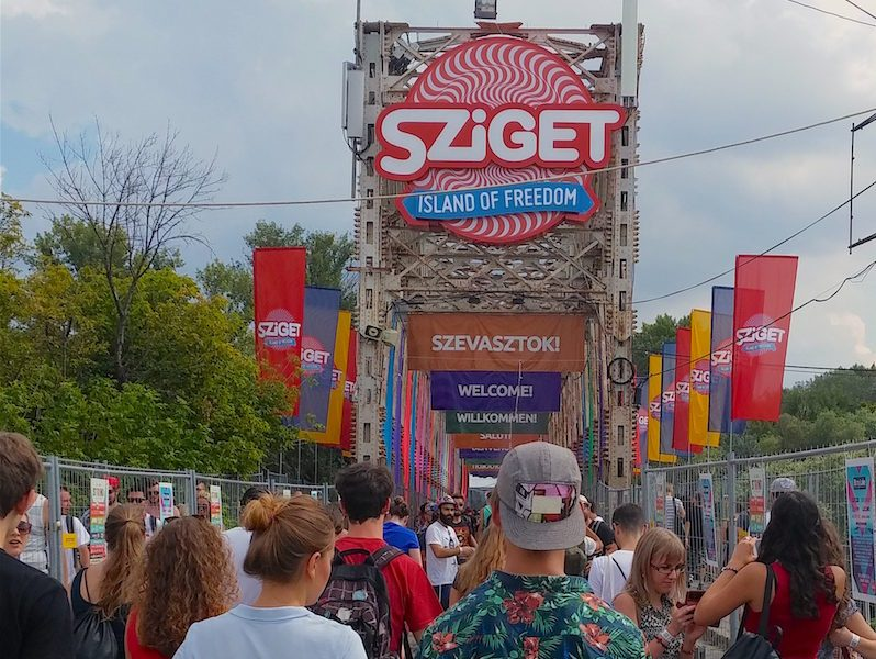 "L'ingresso allo Sziget Festival, ""The island of Freedom"""
