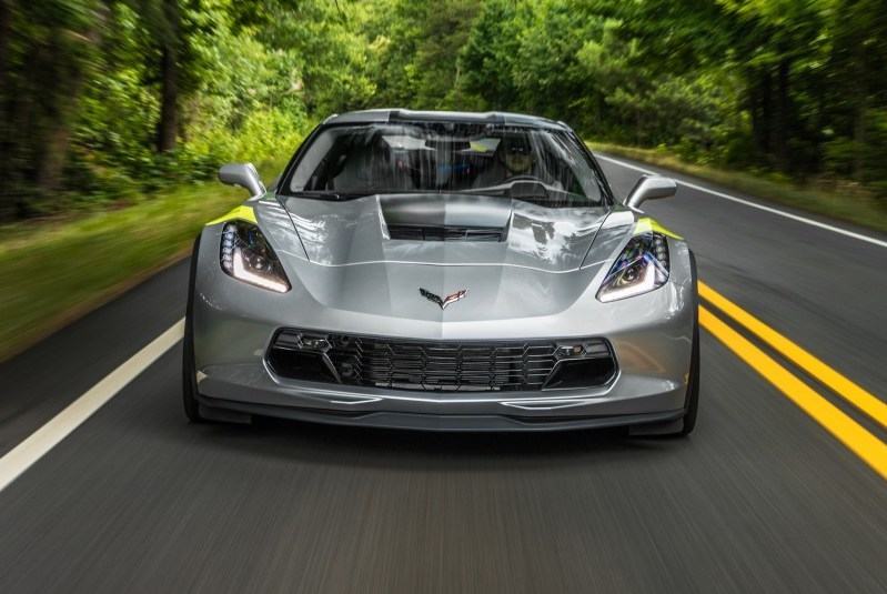 2017 Corvette Grand Sport in Arctic White with Adrenaline Red Interior 3LT Trim Package, Competition Seats and Z07 Performance Package.