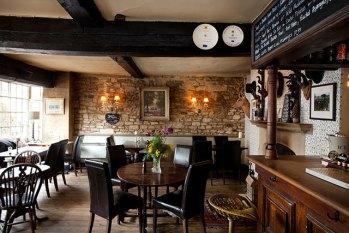 the highway inn burford hotel restaurant pub burford cotswolds