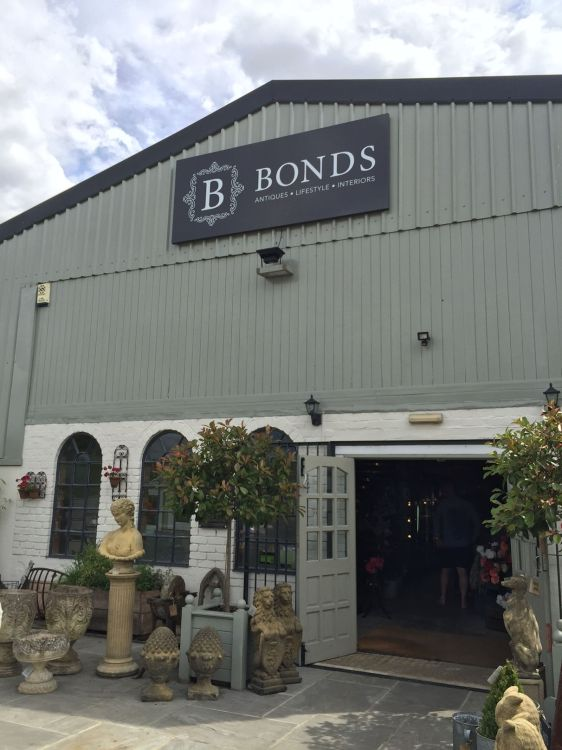 bonds-lifestyle-stratford-upon-avon-cotswolds-concierge-10