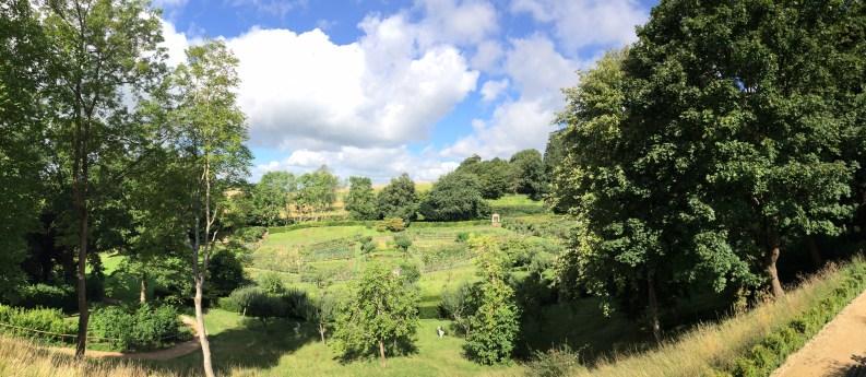 painswick-rococo-garden-summer-cotswolds-concierge (35)