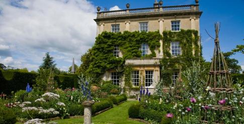highgrove-garden-champagne-afternoon-tea-cotswolds-concierge (3)