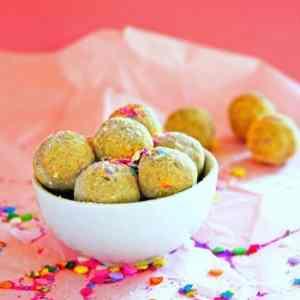 Lemon Vanilla Gluten Free Protein Bites with Sprinkles