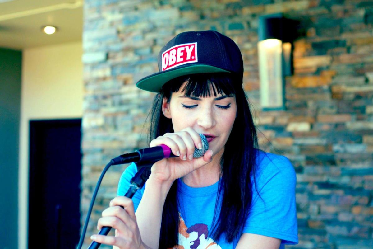 Dorine Levy live at SXSW
