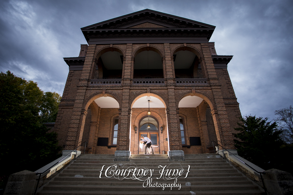 downtown stillwater st croix river washington county historic courthouse minneapolis wedding photographer