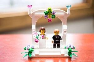 wedding-detail-photos-ceremony-rings-wedding-rings-ceremony-details-minneapolis-wedding-photographer-01