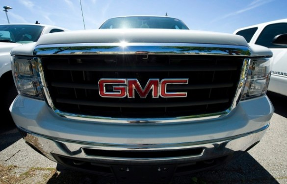GM to spend  560M to build new Chevy Equinox in Ingersoll   CP24 com The logo on a GMC Sierra is shown at a GM dealer in Toronto on Tuesday   June 8  2010   The Canadian Press Adrien Veczan