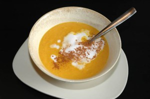 Easy Natural Food - Carrot and Cardamon Soup