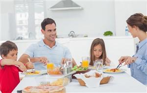 masa in familie - Cum să te conectezi cu familia ta, dar nu online