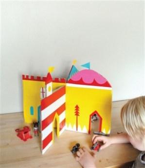 castel de carton - o lume de vis pentru copii din cutii de carton -