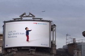 British-Airways-Lookup-Plane-Detecting-Billboard