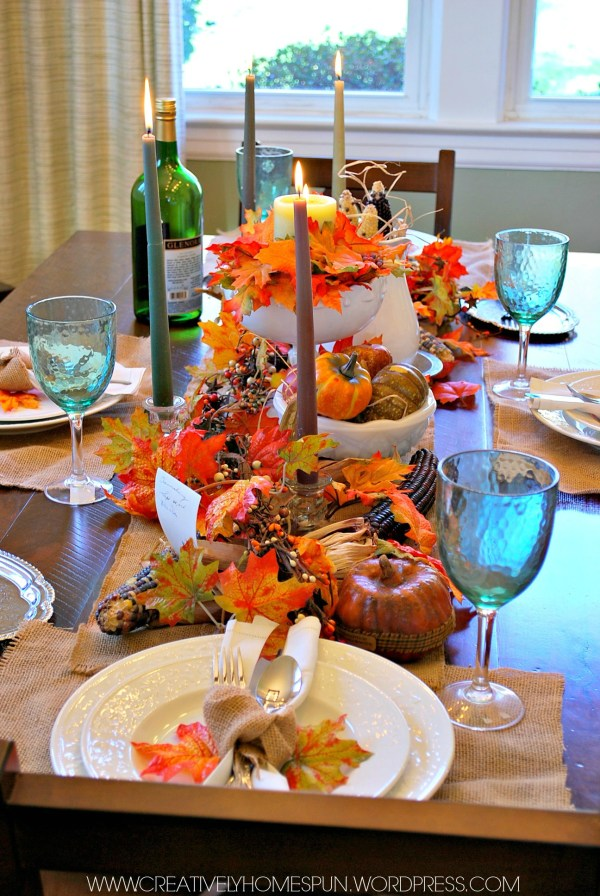 15 AMAZING BLOGGERS put together these fantastic and inspiring Thanksgiving Tablescapes! A Vintage Farmhouse Thanksgiving Tablescape: Create and Share #thanksgiving #tabledecor #farmhouse #Vintage #tablescape #DIY #createandshare