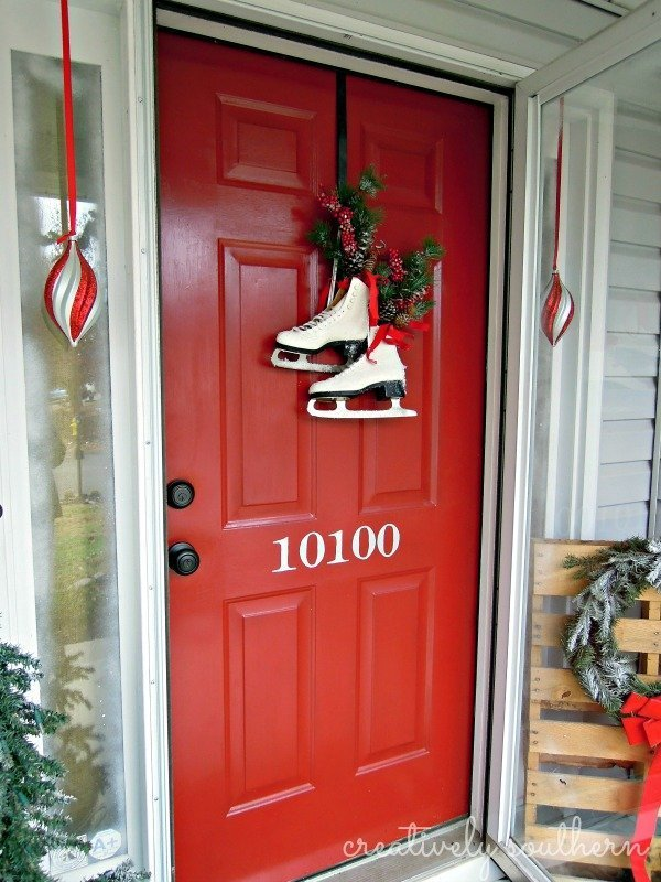 front-door-winter-decor