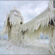 frozen-lighthouses-5[6]