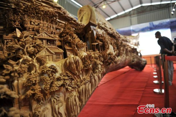 longest-wood-carving3