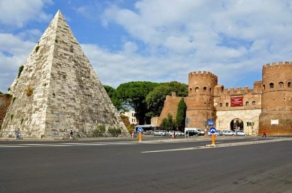 pyramid-of-cestius-22
