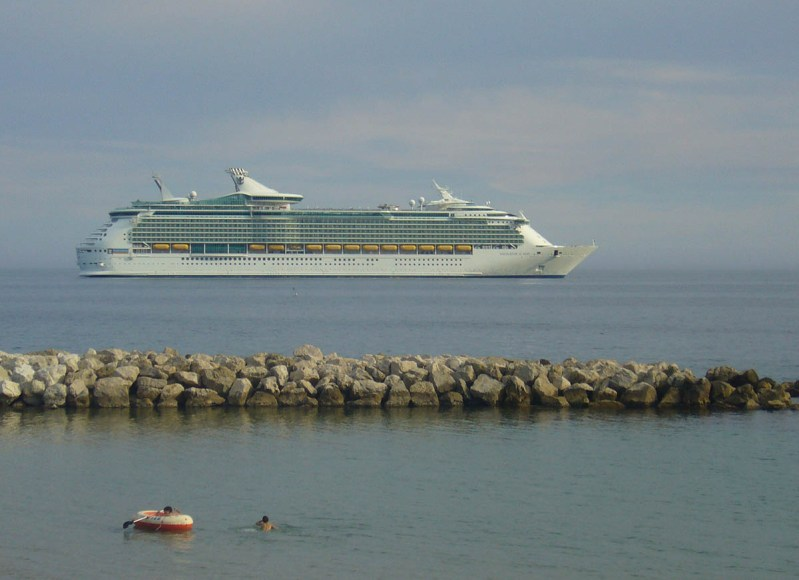 Navigator of the Seas, 2008