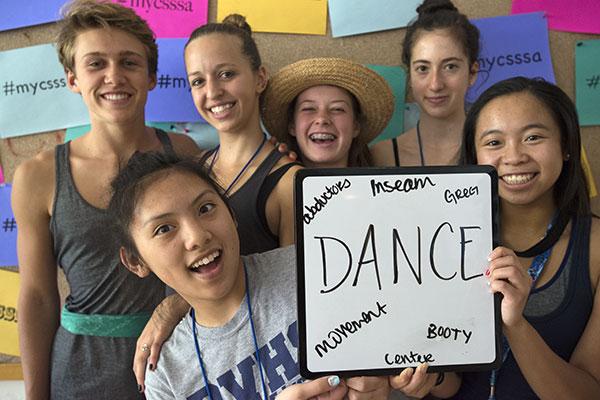 dance-crew