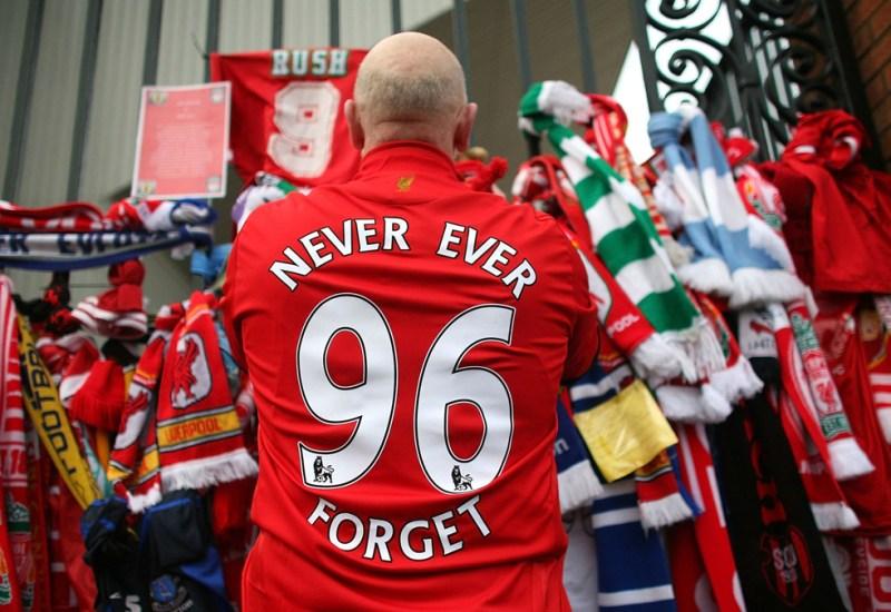 Hillsborough, la tragedia que marcó al fútbol inglés..