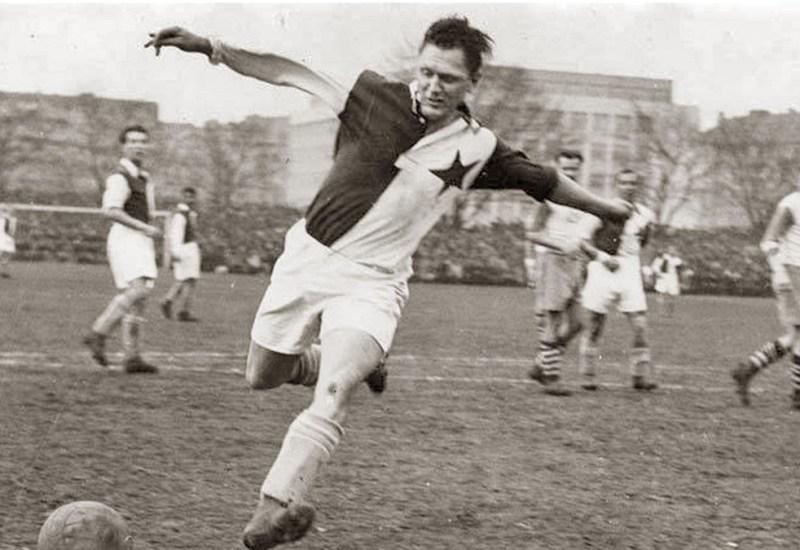 Josef Bican, el goleador temerario