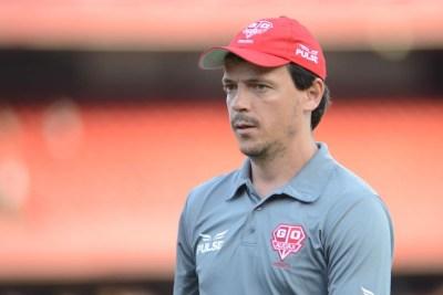 Diniz no aceptó la propuesta del presidente del Paraná sobre un juego menos arriesgado y abandonó el cargo.