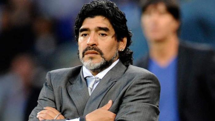 Maradona fracasó como DT