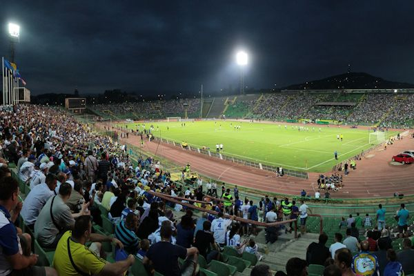 Asim Ferhatovic, aquel estadio en Bosnia.