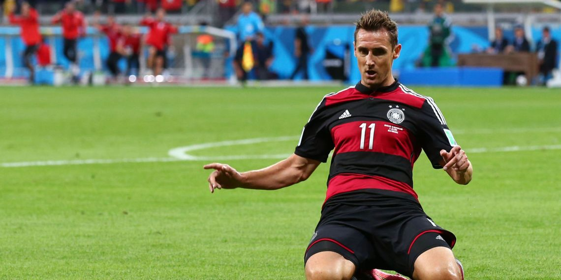 Klose: Sus 16 tantos en mundiales lo depositan en la cúspide.