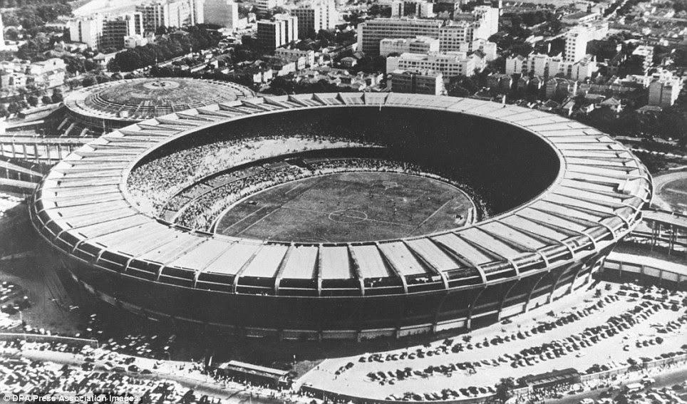 El Maracaná construido en tiempo récord supo ser el estadio mas grande del mundo.