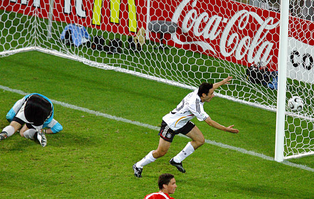 Oliver Neuville gol Polonia 2006