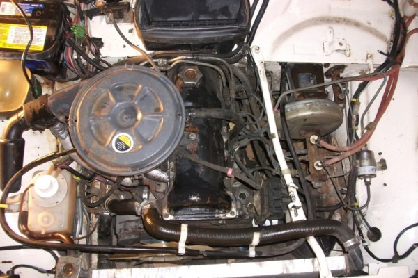 Lada Niva 1.7L fuel injected engine