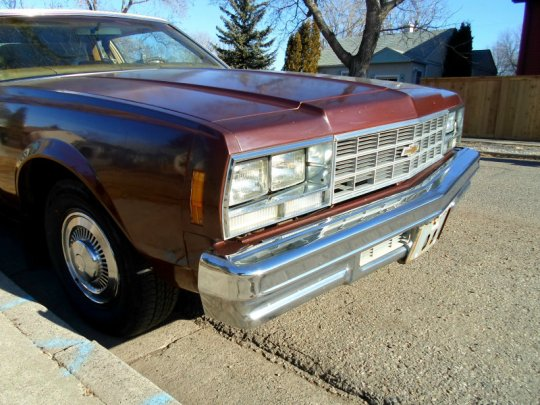 1977 Chevrolet Bel Air grill
