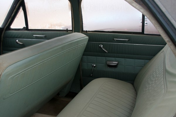 1966 Vauxhall Victor 101 Super rear seat