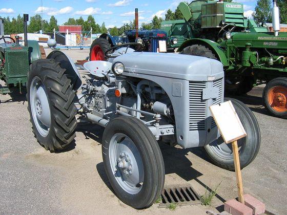 Ferguson Traktor_12_juli_2005