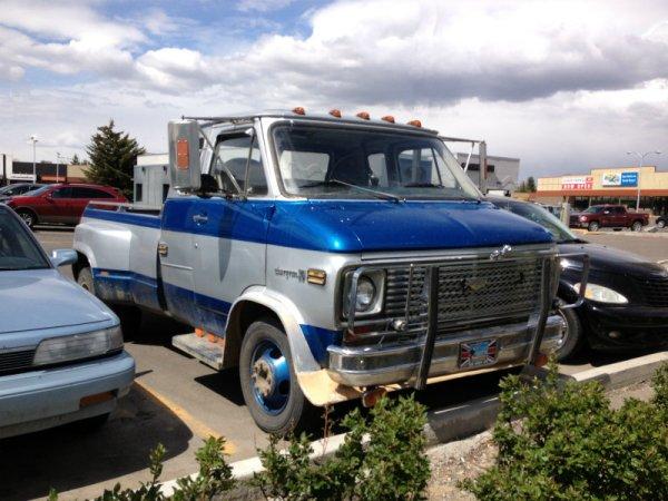 Chevrolet van truck 5