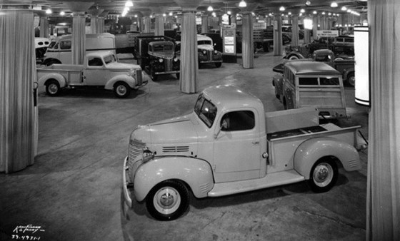 Chicago 1940 Ply_ChevyWeb22